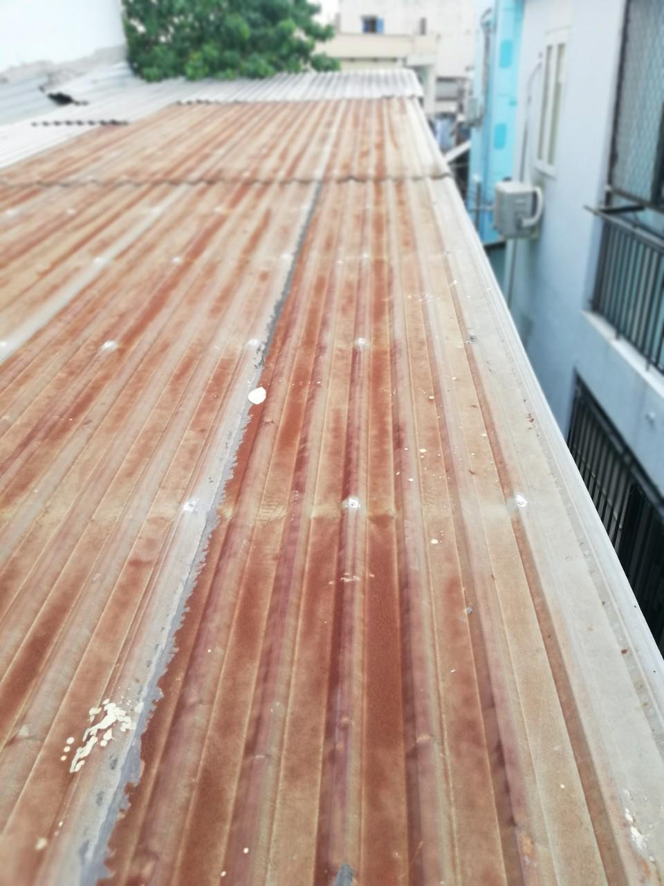 thay mới mái tôn cũ gỉ sét, làm mái tôn lợp mái tôn