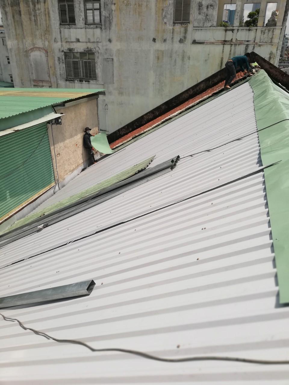 làm mái tôn quận 8 chống dột mái tôn lợp mái tôn đóng mái tôn sửa mái tôn