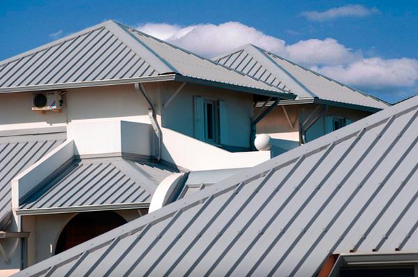 làm mái tôn quận 8 0368115251 lợp mái tôn chống dột mái tôn