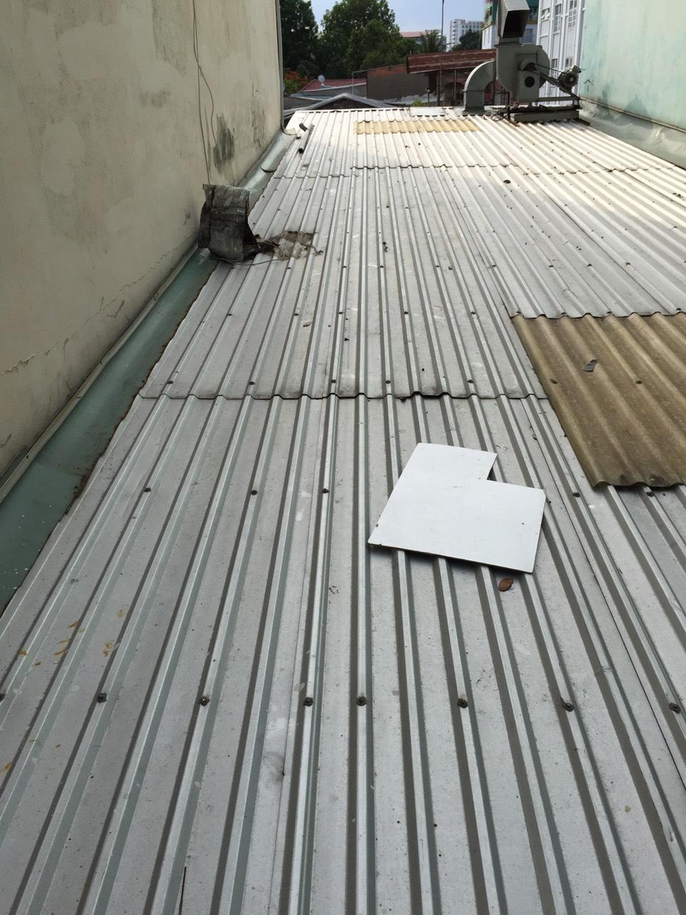 lợp mái tôn giá rẻ tphcm chống dột mái tôn làm mái tôn lắp mái tôn 0368115251