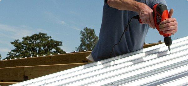 sửa mái tôn trọn gói giá rẻ - Bảo hành tối đa 5 năm