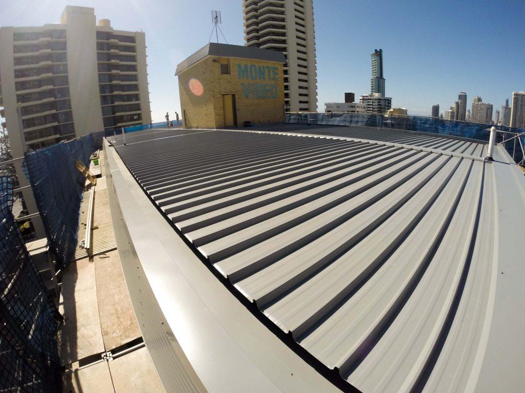 thi công mái tôn nhà xưởng - Tôn kliplok - Mái Nhà Đẹp 0368115251