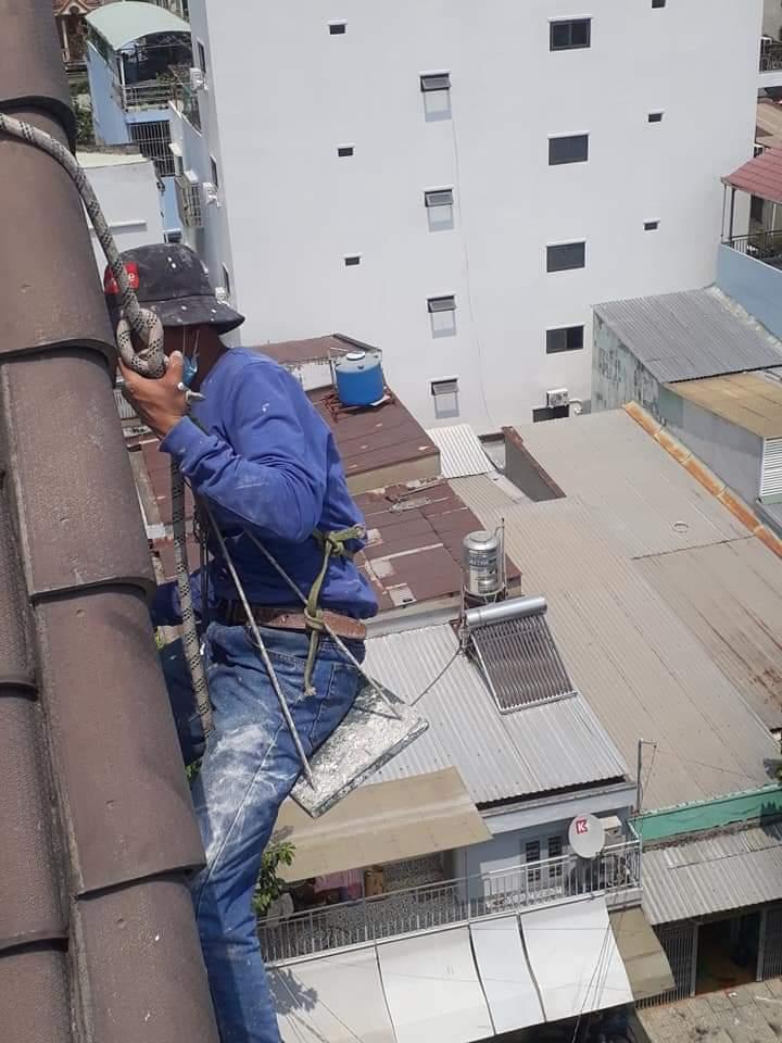 thợ chống dột mái tôn tại quận Bình Thạnh - dịch vụ thay mới mái tôn tại tphcm - 036.811.5251