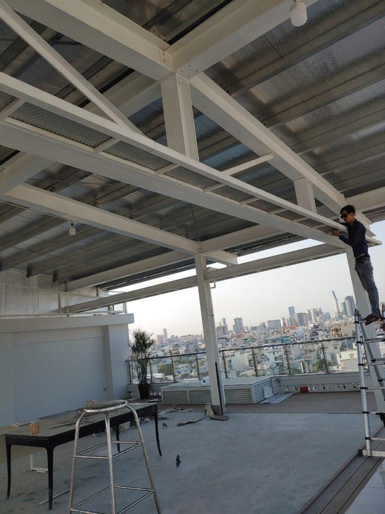 dịch vụ thi công mái tôn tại hà nội giá rẻ - đội thợ kinh nghiệm làm mái tôn nhà cấp 4, làm mái tôn dân dụng