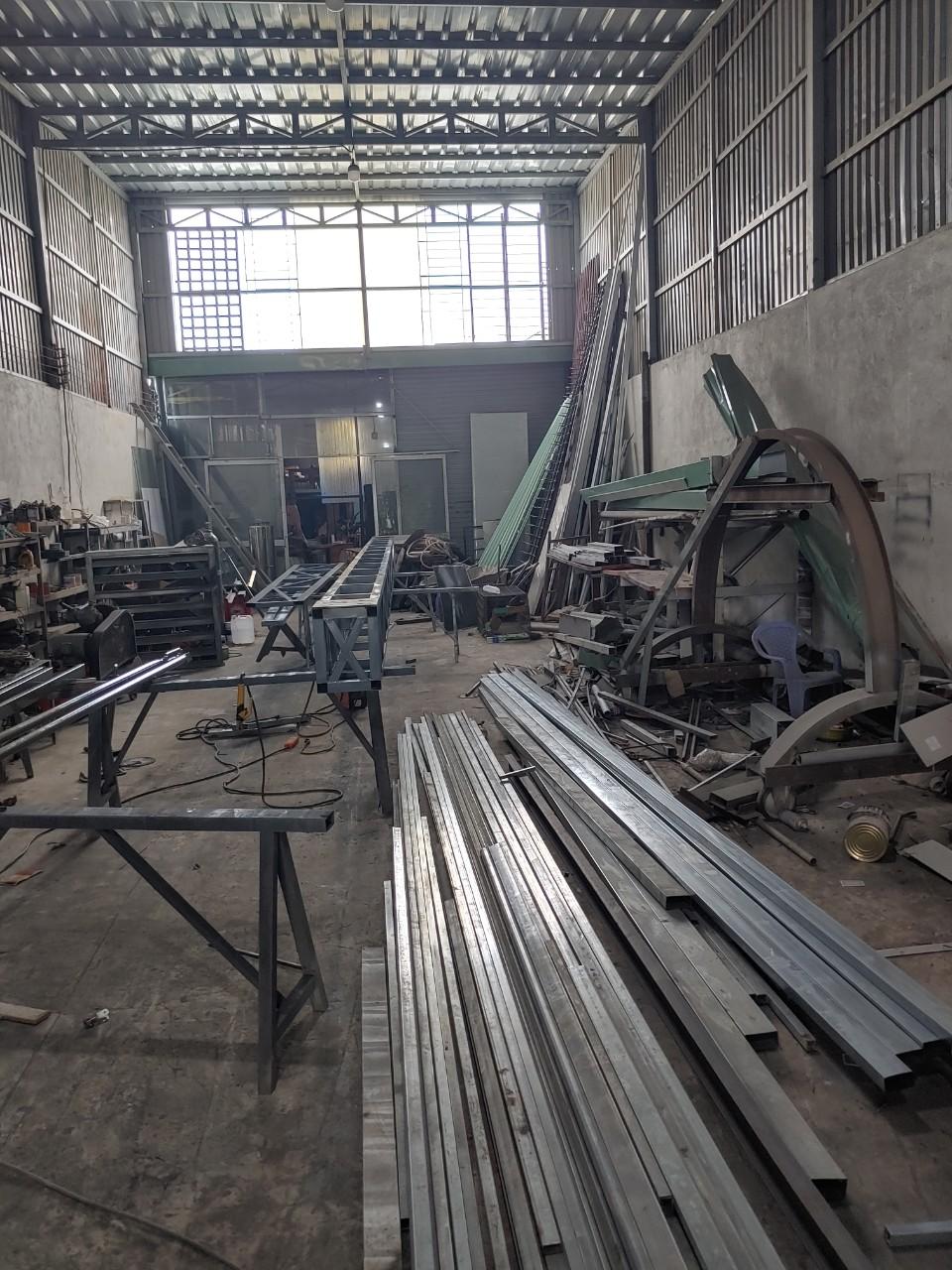 thi công máng xối nhà xưởng giá cạnh tranh - Mái Nhà Đẹp - 0368115251