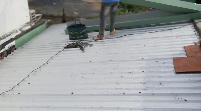 Dịch vụ làm mái tôn tại quận Gò Vấp - dịch vụ lợp mái tôn tại quận 2 - Mái Nhà Đẹp - 0933439498